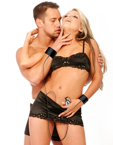 FETISH FANTASY ELECTRO TOUCH CUFFS