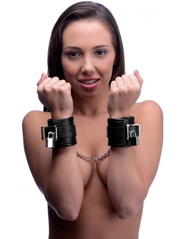 LOCKING PADDED WRIST CUFFS WITH CHAIN